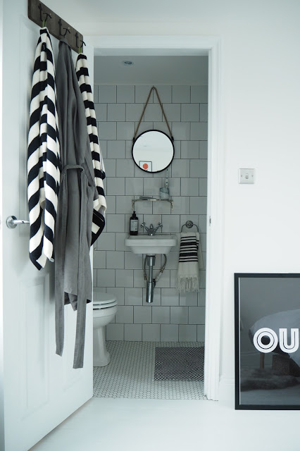 bathrooms making the most out of small spaces the. Black Bedroom Furniture Sets. Home Design Ideas
