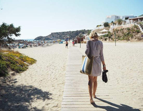How To Travel Savvy (on a budget)