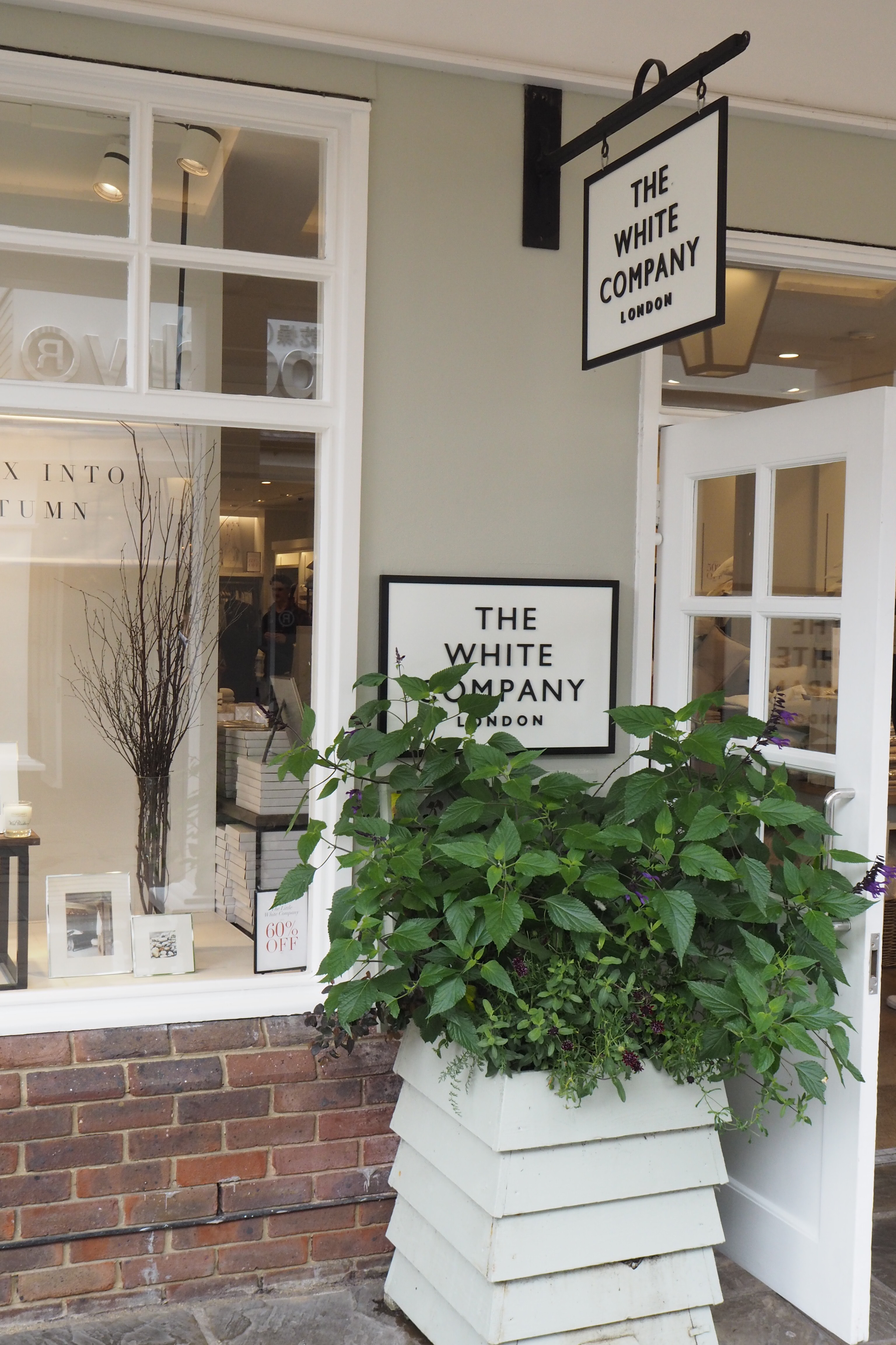 How to shop Bicester Village like a pro    - The Frugality Blog