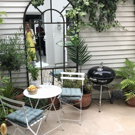 HOW TO STYLE SMALL SPACES: COURTYARD GARDENS